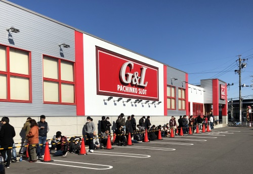 G&L一宮店 朝の並び