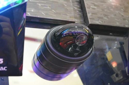 台間カメラ