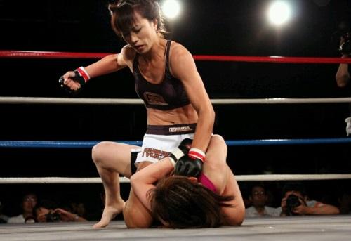マウント 格闘技